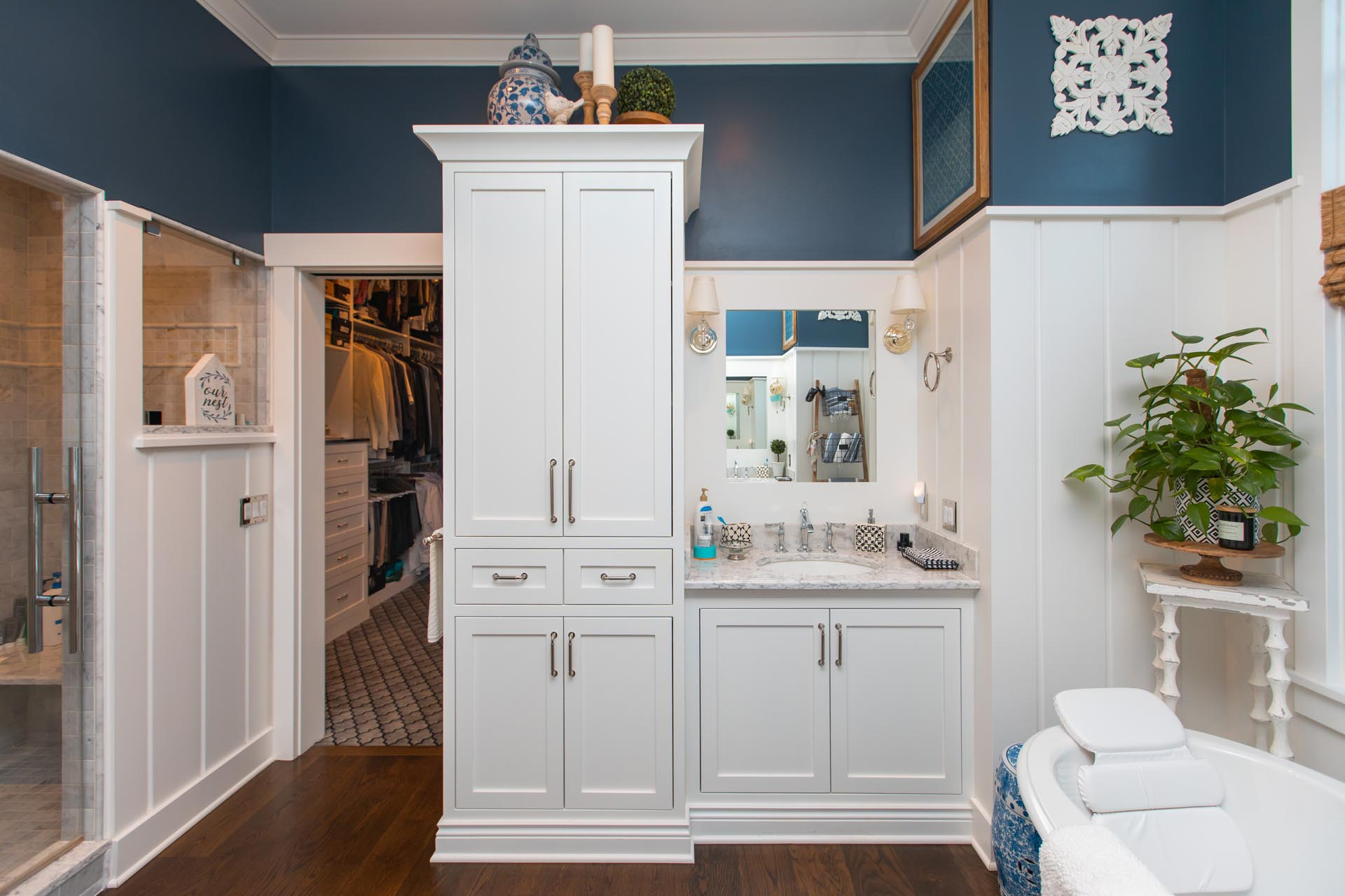 Custom Bathroom in Craftsman Lakefront Home Construction